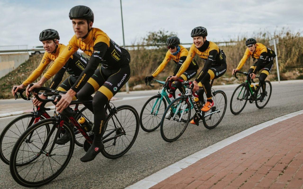 cycling-1280x800.jpg
